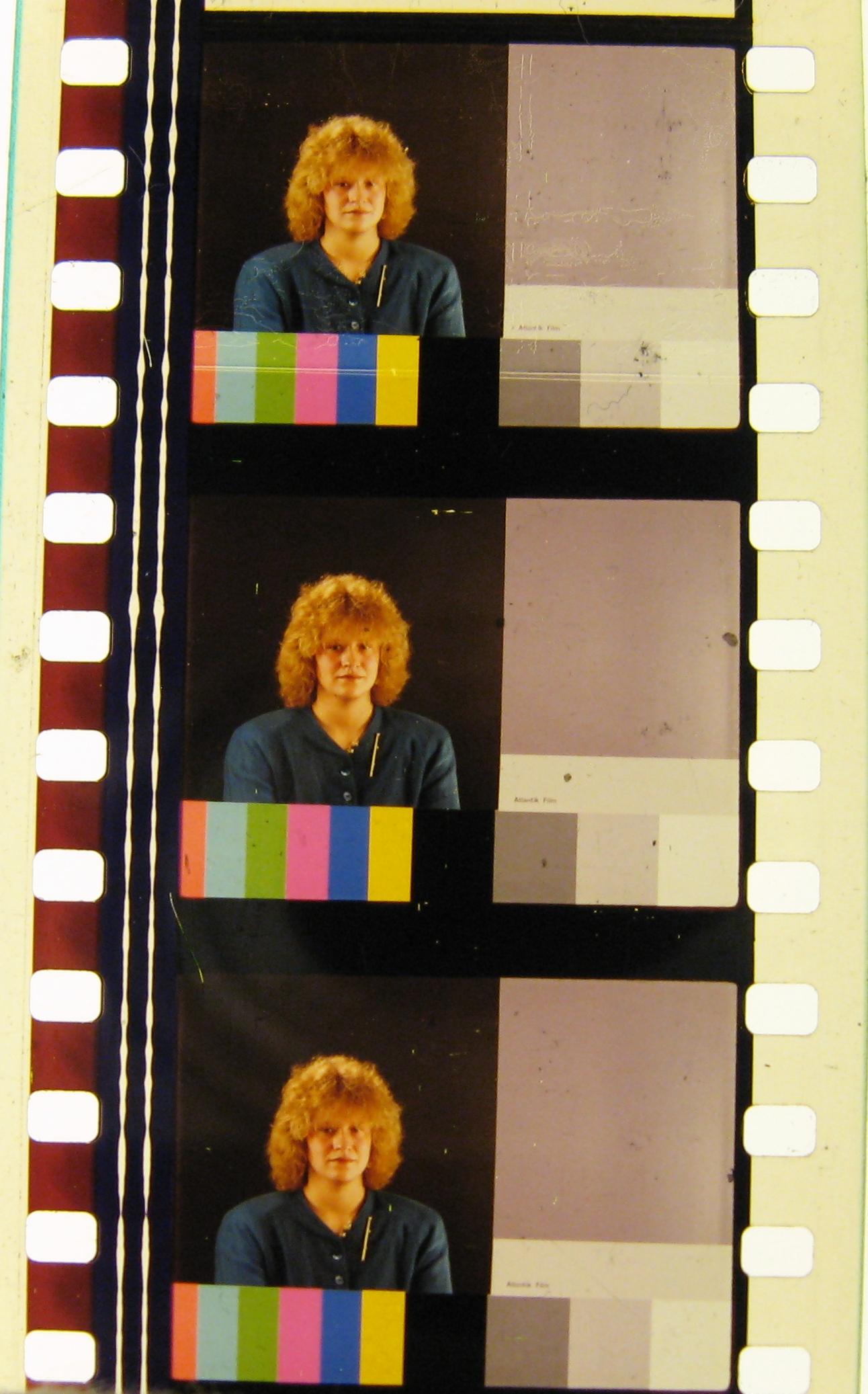 Atlantik Film. In some versions, she blinks!